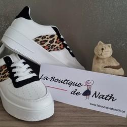 Le soleil arrivera bientôt, préparons nos baskets pour les balades!  Prix : 29€ - Pointures disponibles : 36, 37, 39 et 40  🌐 www.laboutiquedenath.be  🚚 Envoi Colis gratuit en Belgique dès 50€ d'achat - Retrait gratuit sur Lantin (Juprelle) - Livraison en France et au Grand-Duché  #laboutiquedenath #chaussure #moda #style #shop #chaussurefemme #boutique #shoesaddict #sneakers #fashionista #fashionstyle  #chaussureenvente #shoppingonligne #vente #shoe #tendance #boutiqueenligne #katuastyles #femme #basket