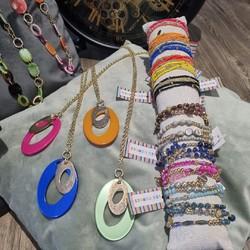 """Les Bijoux """"Les Cordes"""", vous connaissez? Une marque belge!!! N'hésitez pas à découvrir les modèles disponibles à la Boutique de Nath. Voici un petit aperçu!!!  🌐 www.laboutiquedenath.be  🚚 Envoi Colis gratuit en Belgique dès 50€ d'achat - Retrait gratuit sur Lantin (Juprelle) - Livraison en France et au Grand-Duché  #laboutiquedenath #LesCordes #oorbellen #accessoires #juwelen #nouvellecollection #bijoux #jewelry #fashion #moda #bracelet #jewels #love #style #accessories #nieuwecollectie #jewellery #bijouxlovers #earrings #necklace #gioielli #bijouxias #orecchini #bracelets #colliers #collier #armband #goudkleurig #kleur #kleuren"""