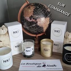 """Vous ne trouvez pas votre bonheur dans le large choix des Bougies @no_kiss_jewels que nous vous proposons? N'hésitez pas à """"configurer"""" votre bougie via cet article (https://cutt.ly/xvsHxNI)  Clôture des commandes à chaque quinzaine. Un peu de patience, le temps de la fabrication artisanale de votre produit!!!  🌐 www.laboutiquedenath.be  🚚 Envoi Colis gratuit en Belgique dès 50€ d'achat - Retrait gratuit sur Lantin (Juprelle) - Livraison en France et au Grand-Duché  #laboutiquedenath #bougie #candle #bougies #bougieparfumee #candles #decoration #bougieaddict #handmade #bougienaturelle #decorationinterieur #cadeau #candleaddict #faitmain #cirevegetale #ideecadeau #home #jewelcandle #nokiss #jewelcandlelover #bougiebijou #homedecor #jewelcandleaddict #love #deco #plaisir #bracelet"""