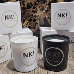 Voyagez olfactivement avec @no_kiss_jewels . VENEZ LES DECOUVRIR AU NOUVEAU MARCHE HEBDOMADAIRE DE JUPRELLE CE SAMEDI 12 JUIN DE 11H à 19H (Parking des Meubles Vrijens, Chaussée de Tongres 425)  Pratiquement 20 senteurs!!!  2 Versions :  - les bougies parfumées (25€) - les bougies BIJOU parfumées (34,90€)   🌐 www.laboutiquedenath.be  #laboutiquedenath #bougie #candle #bougies #bougieparfumee #candles #decoration #bougieaddict #handmade #bougienaturelle #decorationinterieur #cadeau #candleaddict #faitmain #cirevegetale #ideecadeau #home #jewelcandle #nokiss #jewelcandlelover #bougiebijou #homedecor #jewelcandleaddict #love #deco #plaisir #bracelet